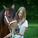 st-louis-wedding-photographer-captures-child-image-of-little-girl-and-her-horse